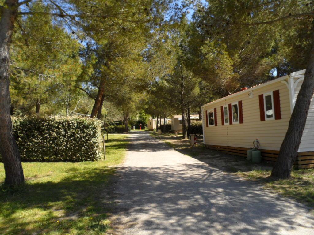 Ref CA-713 Camping familial à vendre