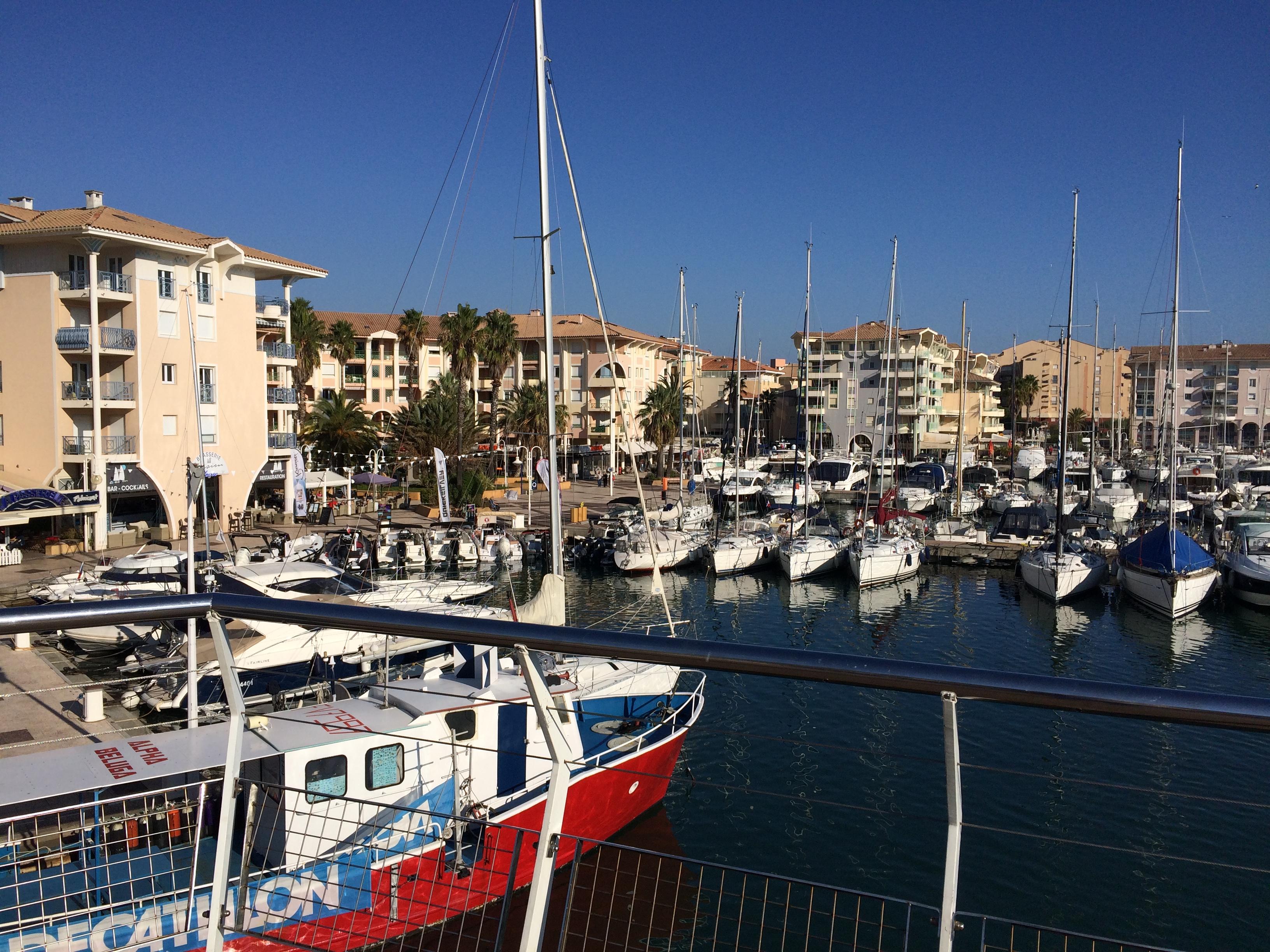 port bord de mer