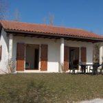 HLL avec terrasse dans village de vacances à vendre