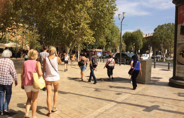 Aix-en-Provence snack sur emplacement N° 1