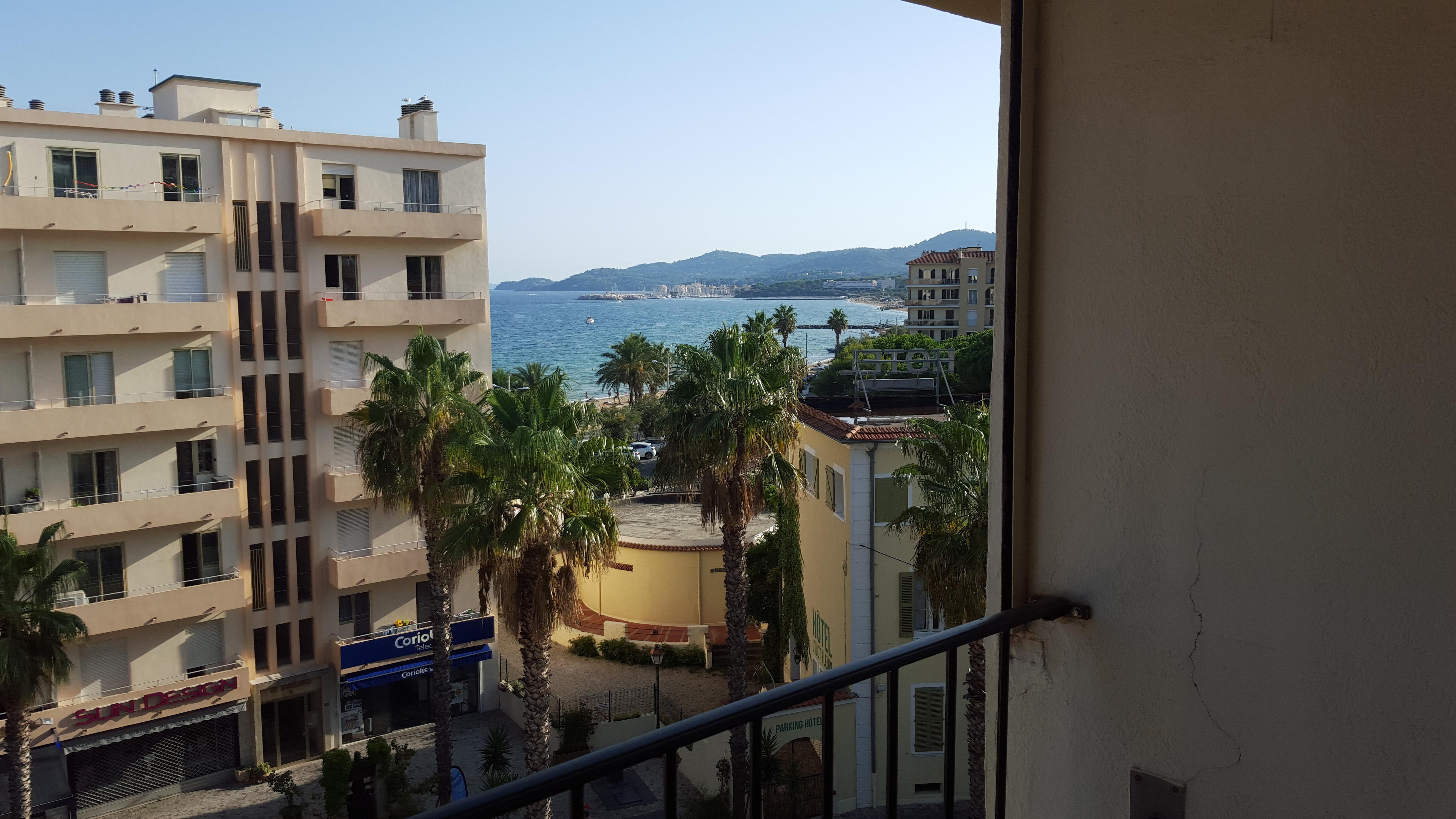 hôtel bureau proche mer