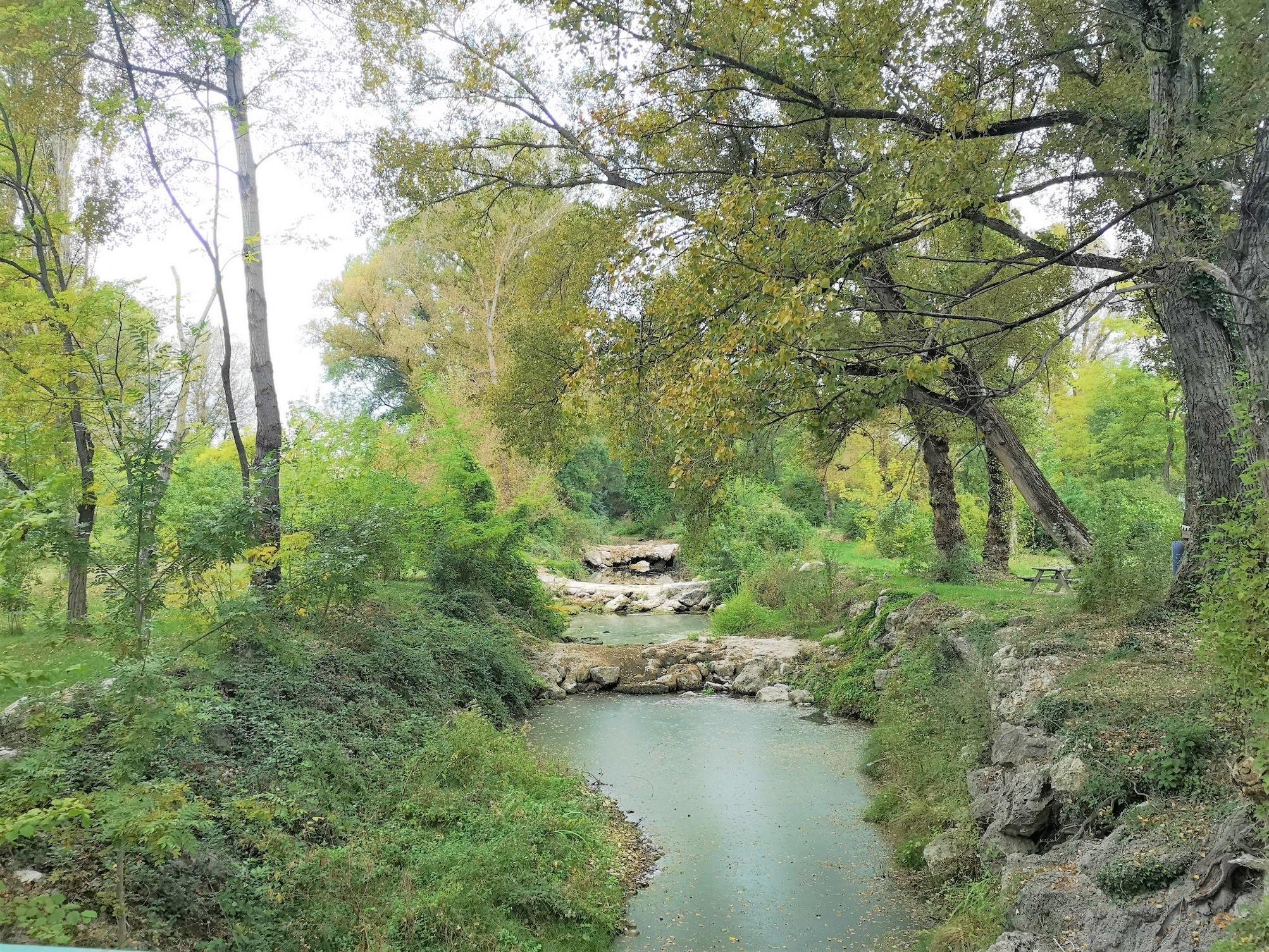 Paca camping vendre avec acc s direct rivi re ref ca - Camping aix en provence avec piscine ...