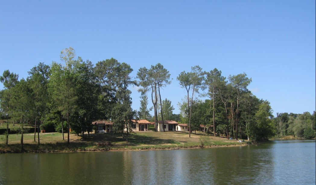 village de vacances à vendre